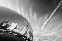 Cloud Gate, Chicago. July, 2016. (Guillermo Esteves) Tags: chicago illinois chicagoloop cloudgate fujifilmxt1 blackandwhite unitedstates us