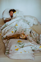 In the morning... (Marga Corameta) Tags: cat sleeping bed man