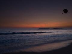 Sunset at Pantai Cenang (floriansins) Tags: beautifulnature beautifulplace olympusphotography photographyislife beautifullandscape pantaicenang pantaicenangbeach langkawi olympus sunset ocean sky malaysia em1 40mm f28