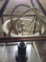 Rome: Vatican Museums - Armillary Sphere (escriteur) Tags: img1115 rome roma vaticancity vaticanmuseums museivaticani armillarysphere sphere astrolabe astronomical instrument device