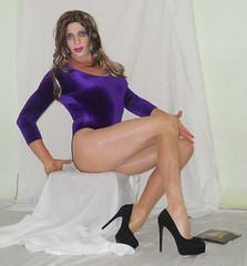 From Platino Cleancut review vid (queen.catch) Tags: catchqueenyoutube pantyhose platino cleancut shiny nylons crossdresser tranny shemale ladyboy sissy femme heels velvet leotard