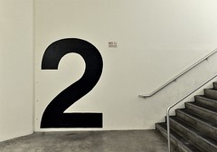 Etage (IamBen.) Tags: 2 helvetica stairs treppen zwei zahl treppenhaus staricase interior number count zhlen fiu floridainternationaluniversity