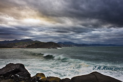 Zumaia_entre el mar y el cielo_4402 (mansomar) Tags: atardecer ola zumaia