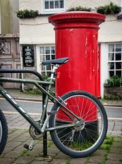Salcombe (zo_ya) Tags: uk greatbritain red sea england english beach bike bicycle coast post mail unitedkingdom britain devon british seacoast devonshire salcombe postmail