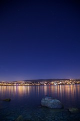 Nightshot Zrichsee (akarakoc) Tags: city longexposure light sky lake reflection nature water night canon stars landscape lights mirror abend lowlight long exposure shot nightshot nacht spiegel horizon low zurich perspective himmel explore nightlight mirrored 5d usm zrich blau stern zuerich ef horizont lichter starsky thalwil zrichsee lakezrich 24105 mark3 skyshot sternenhimmel kilchberg 24105mm canonphotography ef24105 nightphotohraphy 5dmarkiii mygearandme blinkagain 5dmark3 uploaded:by=flickrmobile flickriosapp:filter=nofilter