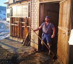 Stallgruss - Feb. 2013 (Farmerbaer) Tags: buff stable sturdy rubberboots bauernhof gummistiefel brawny melker kuhstall milker delaval stocky stallarbeit swissfarmer schweizerbauer