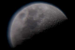 Blue Haze (Djenzen) Tags: moon canon haze nevel jeroen universe jansen maan heelal 40d djenzen