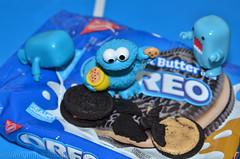 Cookie Bandits (WindUpDucks) Tags: street monster cookie sesame butter domo oreo qee nabisco toy2r