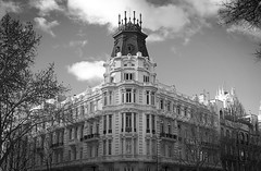 Is it enough? (Kris *) Tags: madrid winter light bw white black building blanco luz architecture canon arquitectura negro edificio bn invierno february 1770 febrero 50d 2013 xkrysx