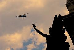 Un angel quiere volar (Momoztla) Tags: angel mexico df capital nubes distritofederal contrapicado helicptero momoztla