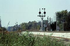 CSX_StJoe-IN_Indo_WB-Signals_EY1997-1 (C Telles) Tags: railroad light ohio color north baltimore bo signal position cpl csx