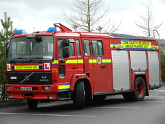 Cork County Fire Service 2000 Volvo FL6 14 Excalibur WrL DTU 00C40072 (Ex Oxfordshire X179 OFC) (Shane Casey CK25) Tags: county blue red ex training truck fire lights volvo 2000 cork 14 lorry driver service flashing emergency oxfordshire appliance excalibur unit dtu ofc wrl x179 fl6 efad 00c40072