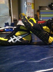 size 10 yellow aggressors (Pencook126) Tags: blue red 2 black yellow speed grey 1 10 size og asics rare grape pursuit cael sweeps lyte aggressors kolat inflicts