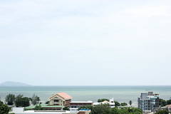 IMG_3798 (Iceneedyou (Sirinya Amarin)) Tags: sky sea blue canon 550d 50mm light daylight chonburi iceneedyou landscape