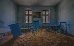 The sands of time is running low... (zeitfaenger.at) Tags: blue room urbex hdr decay lostplaces sand chairs window urbanexploring sony a7ii