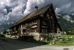 Condemned (Elliott Bignell) Tags: switzerland suisse svizzera schweiz ostschweiz rheintal rhinevalley walenstadt flums house haus fachbau holz cottage wooden wood