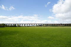 _C0A1969REWS Divide and Join,  Jon Perry, 21-8-16 zav (Jon Perry - Enlightenshade) Tags: 21816 20160821 jonperry enlightenshade arranginglightcom wellandviaduct rutland england bridge viaduct arches countryside