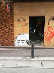 FUK Graff (seldamn) Tags: fukuoka graffiti gos essu howlu gneck