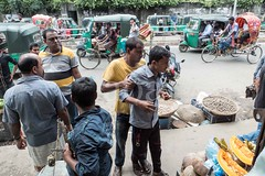 H504_3546 (bandashing) Tags: amborkhana market rickshaw people stalls vegetable vendors street fight scuffle men kickoff violence junction amborkhanapoint punch grab sylhet manchester england bangladesh bandashing aoa socialdocumentary akhtarowaisahmed