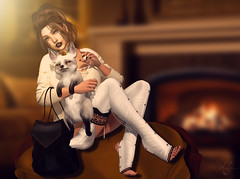 Lady Fox (meriluu17) Tags: zenith sweater fox white bag catwa girl sweet cute legwarms indoor people