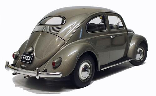AutoArt VW Oval 1955 (1)