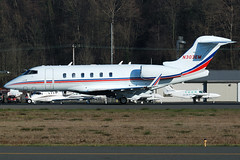 Private N303EM (Drewski2112) Tags: seattle county field airport king international boeing 300 challenger bombardier bfi kbfi cl30 n303em