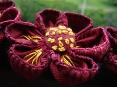 Detalhe! (Verachitta) Tags: de for fuxico ponto pap bordado broches caseado nófrancês flordefuxico