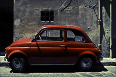 Fiat Nuova 500 / Firenze / Italy (zilverbat.) Tags: travel red italy art history texture window colors car wall canon photography 50mm vakantie florence italian europa exposure raw fiat zoom pastel postcard centre culture sigma mini it tourist textures pointofview timelife firenze firenza cinematic canondslr italie hotspot 2012 worldheritage reizen ngg smal canon7d zilverbat flickrmoe sigmaprime50mm cittadifirenze