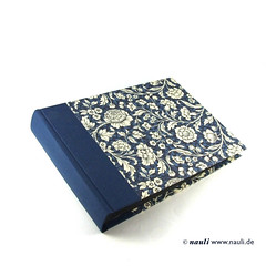 Photo Album Renaissance Flower blue (nauli.nauli) Tags: flowers floral handmade photobook blumen bookbinding photoalbum weddingalbum handgemacht fotoalbum madeingermany nauli reanissance handgebunden geblmt hochzeitsalbum handmadeingermany
