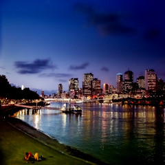 summer in the city (Fat Burns) Tags: city skyline river brisbane lovers queensland brisbaneriver valentinesday southbankparkland rememberthatmomentlevel4 rememberthatmomentlevel1 rememberthatmomentlevel2 rememberthatmomentlevel3 rememberthatmomentlevel5 vigilantphotographersunite vpu2 vpu3 vpu4 vpu5 vpu6 vpu7 vpu8