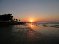 "Sunset, Qurum beach, Muscat (John Steedman) Tags: sunset sonnenuntergang oman muscat coucherdesoleil puestadelsol 阿曼 sultanateofoman qurum سلطنةعُمان القرم オマーン 오만 ""オマーン国"" ""阿曼蘇丹國"""