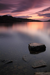 Last Light. (Gordie Broon.) Tags: longexposure winter sunset nature water clouds reflections landscape geotagged photography scotland scenery rocks alba scenic escocia hills inverness schottland ecosse invernessshire scozia scottishhighlands torness farr dunlichity lochduntelchaig canoneos7d gordiebroon