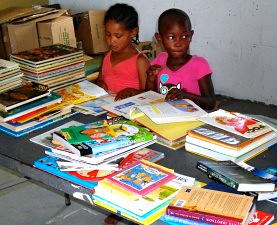 Children and books arriving