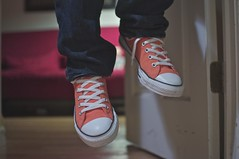 Hang in there - Day 60/365 (SGPhotography77) Tags: orange 35mm nikon sneakers converse 365 chucks chucktaylors day60 allstars chucktaylor chucktaylorallstars project365 365project d5000