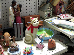 Stuff Store, Coralville Iowa 2-24-13 02 (anothertom) Tags: cat store iowa shelf stuff items coralville consignmentshop canonpowershots95