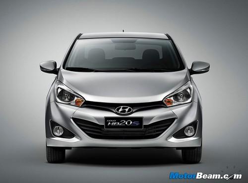 2013-Hyundai-HB20S-01
