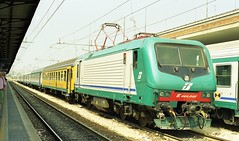 2001-372 (G train 79) Tags: italianrailways