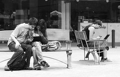 Sharing (Nikonsnapper) Tags: street monochrome bench nikon sitting laptop 85mm perth nikkor d300s