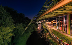 Blick in die Nacht (Andys-eyecatcher) Tags: nachts langzeitbelichtung hagen bahnhof city canon detail uww