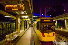 MediaCityUK2016.08.20-18 (Robert Mann MA Photography) Tags: salford quays mediacityuk manchester greatermanchester manchestercitycentre city citycentre architecture cities summer 2016 saturday 20thaugust2016 manchestermetrolink metrolink tram trams night nightscape nightscapes