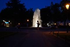 Viktoria Luise Platz (Langi Zwofnf) Tags: berlin 2016 viktorialuiseplatz springbrunnen schneberg abend licht