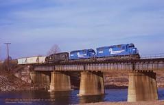 CR 6101-6267-6338, RUSE-6, Allentown, PA. 12-16-1978 (jackdk) Tags: train railroad railway locomotive emd emdsd40 emdsd402 emdsd45 sd40 sd402 sd45 bridge trestle cr conrail pc penncentral allentown allentownpa ruse ruse6 reading readingline readingrailroad