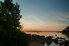 fiskaren (Algots) Tags: sommarnoje fotosondag 160828 sj eka fiska smland skymning sunset sommarkvll sommar