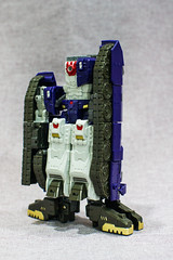 Hypnos Combiner Mode Side (Lloyd's Photostream) Tags: hades transformers tfc drillhorn hypnos sal50f14