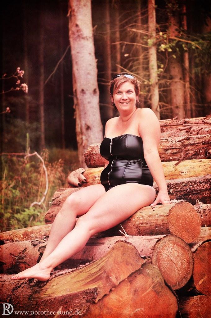 and petite, love MILF Kopf # 32 (auf den Knien) very hot, and