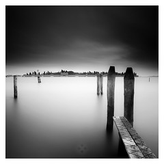 Resting Place (picturedevon.co.uk) Tags: venice italy fineartphotography longexposure blackandwhite minimalist sunrise square se landscape sky