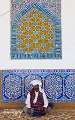 TILE WORK (S.M.Rafiq) Tags: pakistan classic industry colors portraits work tile handicraft shrine colorful drawing pot tiles pottery colourful handicrafts sindh cultural hala tilework ajrak smrafiq bhitshah makhdoomnuh tilesartist