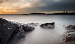 70 sec (- David Olsson -) Tags: longexposure sunset lake seascape nature water misty clouds landscape nikon rocks sundown cloudy sweden tripod cliffs le vänern dx hammarö värmland 1635 ndfilter 1635mm lakescape smoothwater skoghall 2exposures d5000 manualblend manuallyblended davidolsson nd500 lightcraftworkshop 1635vr grytudden