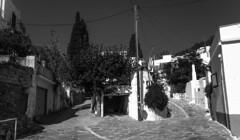 El tiempo es mas lento aqui (Nebelkuss) Tags: bw mediterranean mediterraneo greece grecia greekislands paros islas aegeansea cicladas