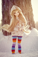 winter time (salvarion777) Tags: eyes doll chloe bjd fairyland enchanted minifee